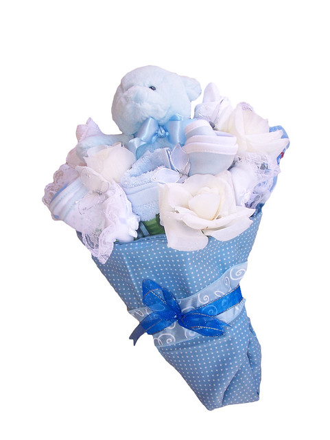 how to make baby clothes bouquet