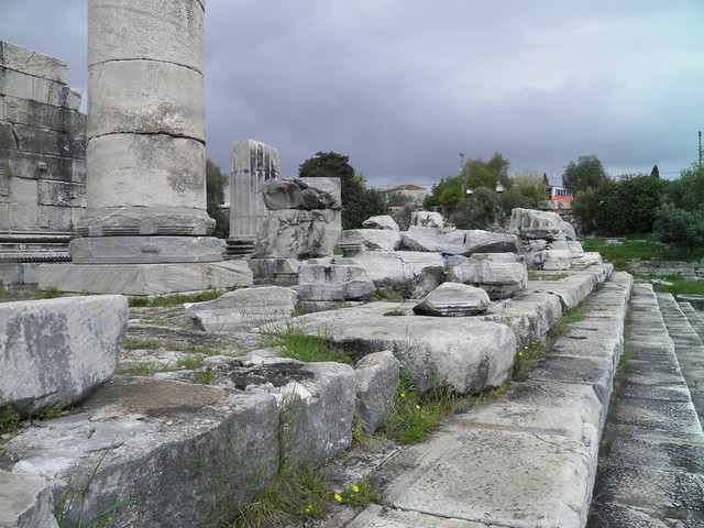 Ruins outside the south wall, Apollo Temple, Didyma