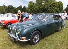 rolls-royce corniche(0.0), jaguar mark 1(0.0), jaguar xk150(0.0), sports car(0.0), automobile(1.0), daimler 250(1.0), jaguar mark 2(1.0), vehicle(1.0), antique car(1.0), sedan(1.0), classic car(1.0), vintage car(1.0), land vehicle(1.0), luxury vehicle(1.0), convertible(1.0), jaguar s-type(1.0),