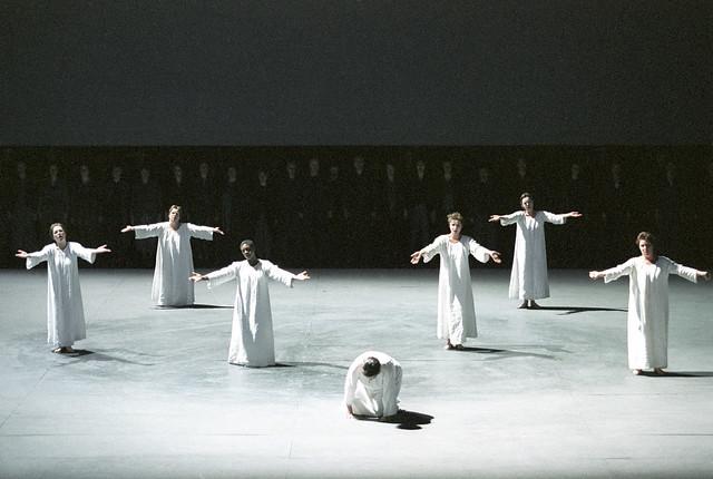 Dialogues des Carmélite, Netherlands Opera, 2002 © Hans van den Bogaard