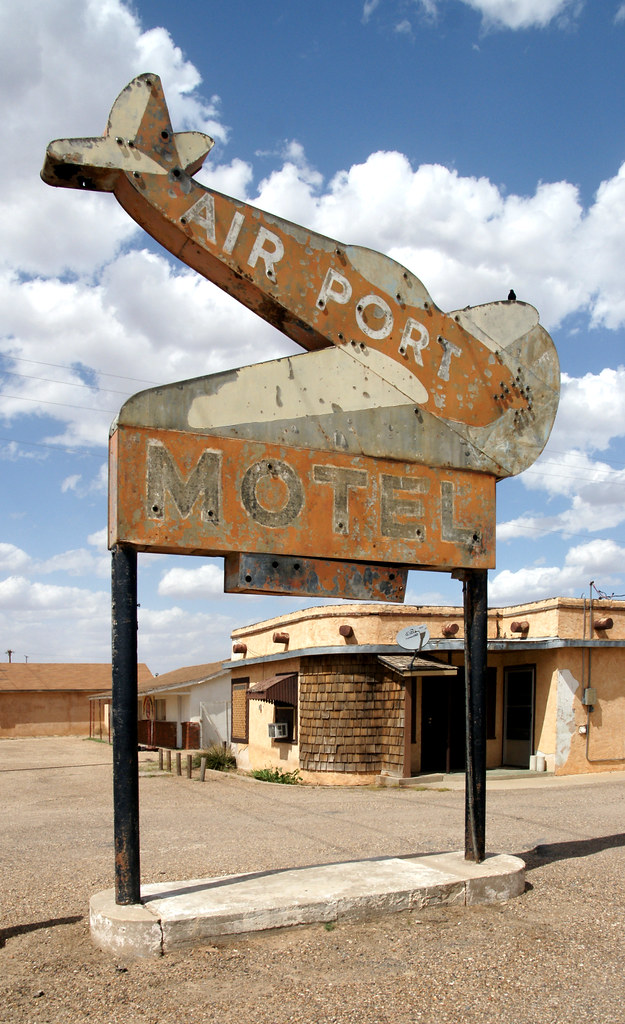 Air Port Motel - Plainview, Texas U.S.A. - May 7, 2014