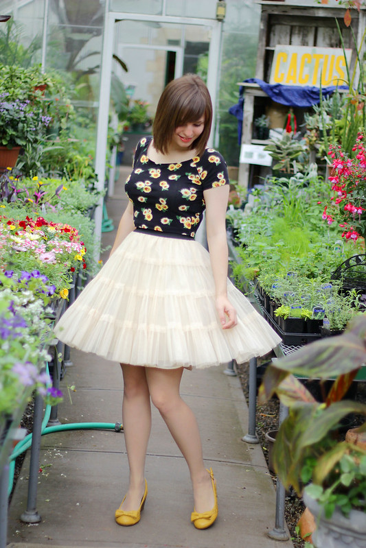 flower nursery, sunflower crop top, sunflower cropped top, floral crop top, sunflower print, tutu skirt, tulle skirt, spring outfit
