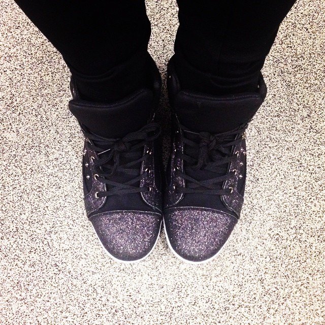 Yesterday we moved desks so we were allowed to wear casual clothes to work (I usually do it anyway, but don't tell anyone!) and I just HAD to wear my glitter sneakers! My best #Kmart purchase so far :) #kmartists @kmartaus