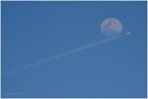 sky moon plane landscape paisaje luna cielo avión anaeversbusch eversbusch