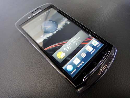 Sony Experia Neo MT15i Mobile Phone