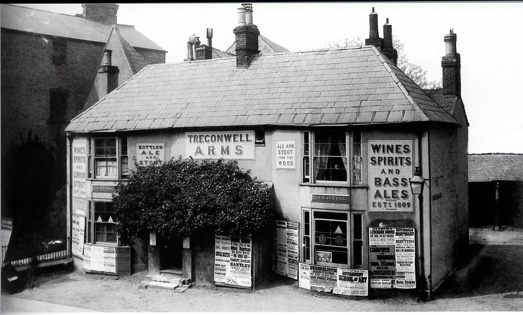 THE TREGONWELL ARMS. OLD CHRISTCHURCH RD. BOURNEMOUTH. DORSET. 1809 - 1885 [ seen here in 1883 ]