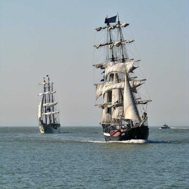 Artemis & Mercedes (43) Oostende voor Anker 2012 3 Foto's - 3 Photo's