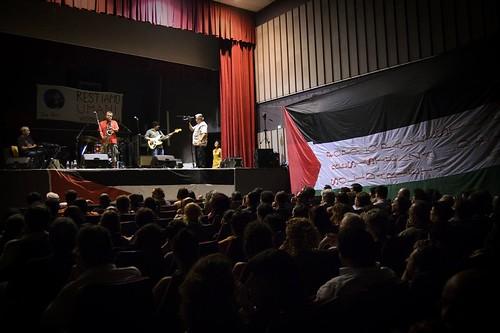 Ricavato della prima serata del Napoli Stay Human Festival: grazie di cuore a tutti!