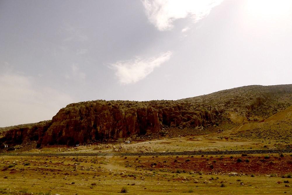 yazd-shiraz-L1030145