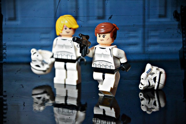 Luke & Han stormtrooper disguise