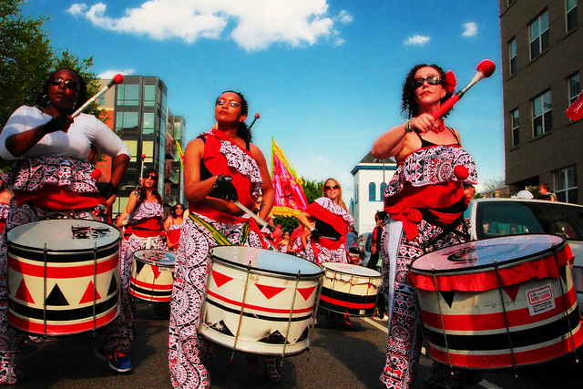 women percussion band