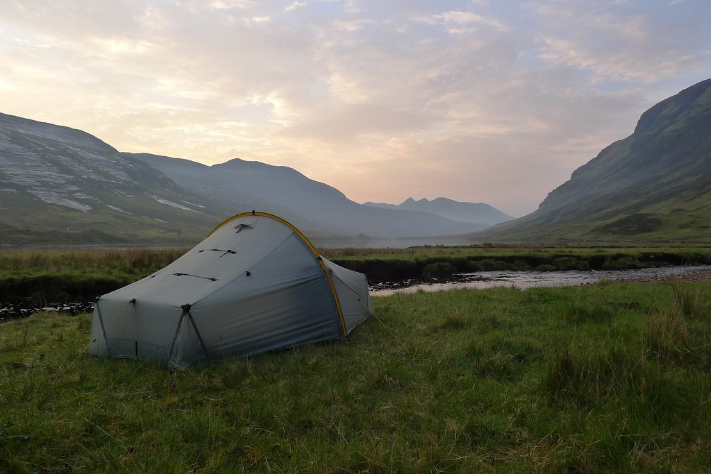Wild camping by Loch an Nid