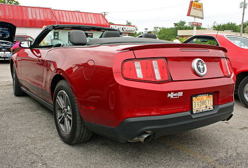 FORD MUSTANG PONY LIGHT