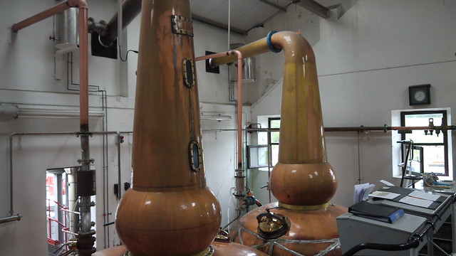 2011-06-09 076 Knockdhu Distillery - Stills