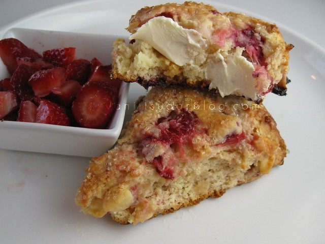 strawberry-white chocolate cream scones