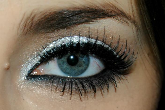 Makeup - Silver (7)