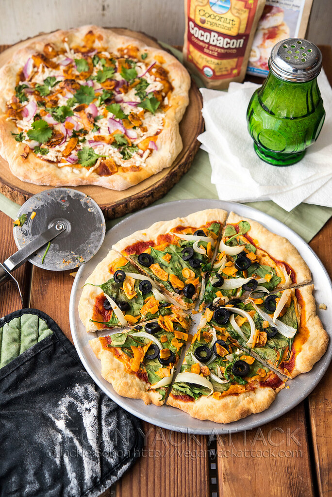 Need help throwing a vegan pizza party? Vegan Cuts is here to help! I've set you up for success with these easy-to-make options.