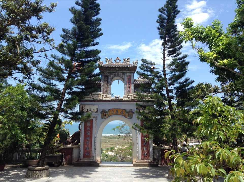marbe mountain temple entrance