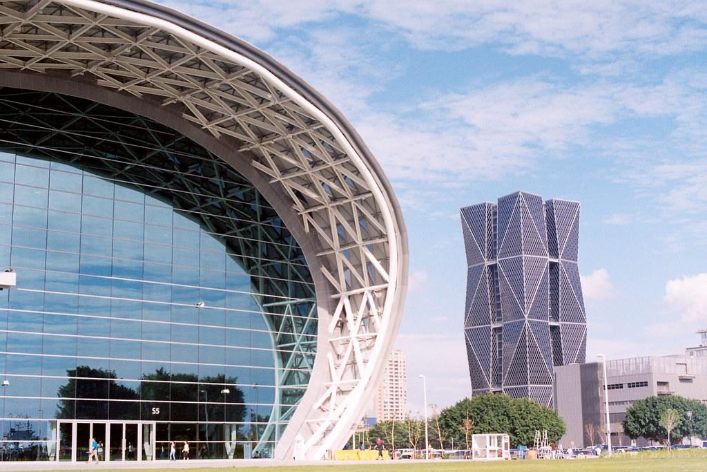 Negative0-30-08(1) 高雄世界貿易展覽會議中心 中鋼高雄總部大樓  Photo by Toomore