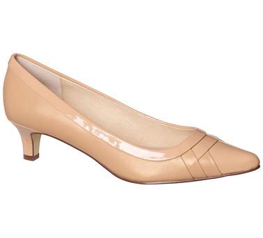 Pippa court shoe - Supersoft by Diana Ferrari