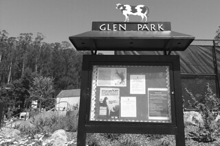 Glen Park Recreational Center - Sign