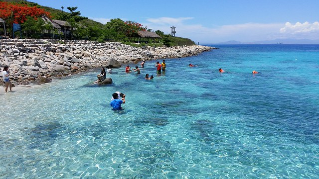 Hon Mun island (Hòn Mun), Cam Ranh, Nha Trang, Việt Nam 20140518_105634 (taken with Samsung Galaxy Note 3)
