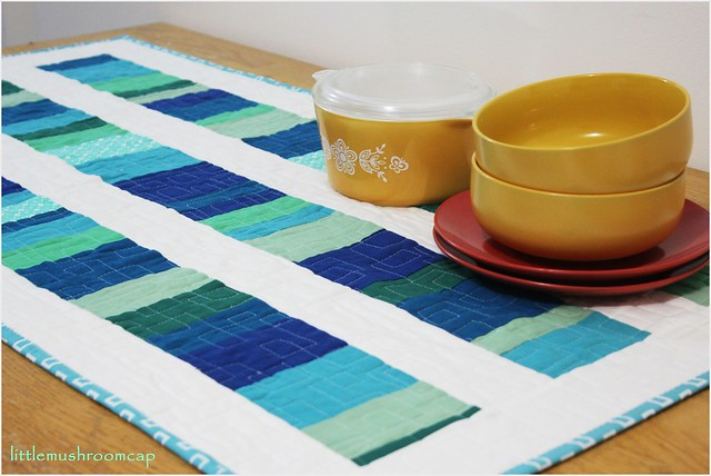 Modern Quilt _ Table runner