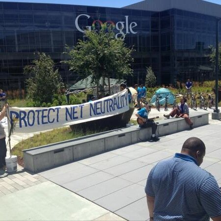 Occupy-google-protestors