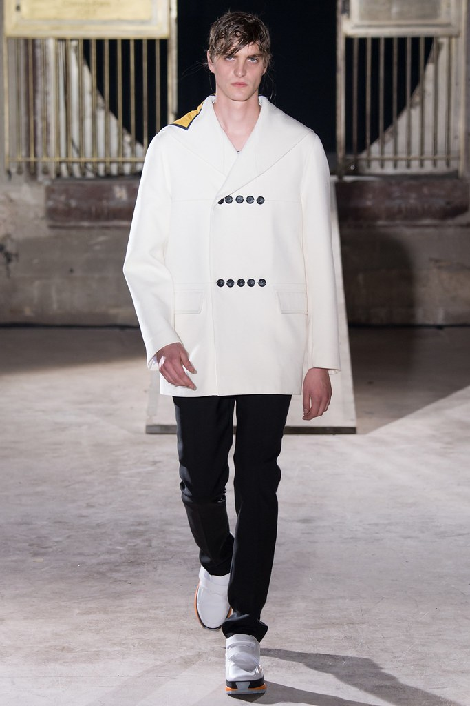 SS15 Paris Raf Simons027_Robert Laby(VOGUE)
