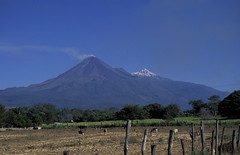 Vulcan Colima, nieve and fuego, Colima MX, 1997_03_23 001.jpg