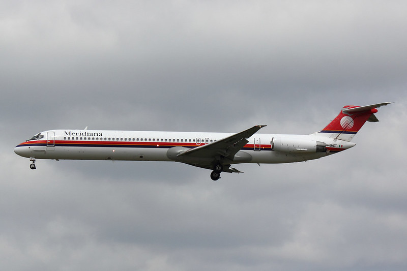 Meridiana - MD82 - I-SMET (2)