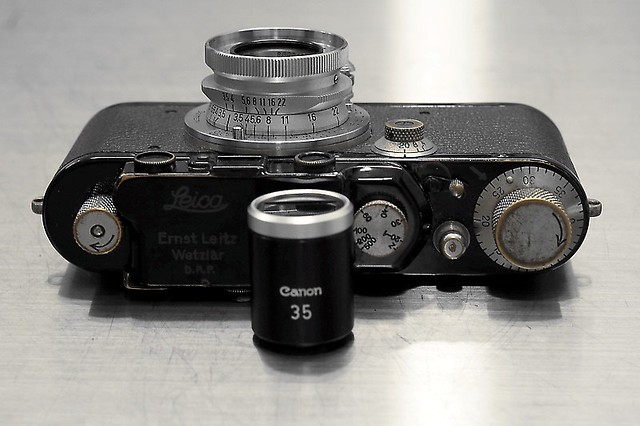 Leica III, Leica Summaron 35mm F/3.5, Canon 35mm Finder