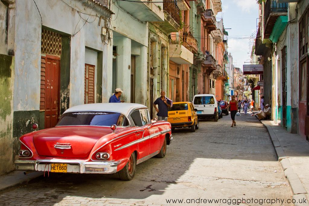 Real Cuba - Old Chevrolet in Havana