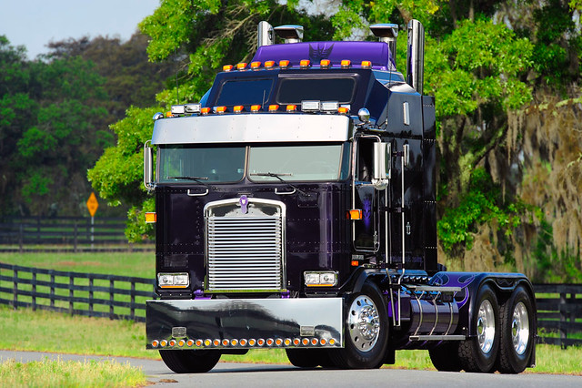 Kenworth K 100 Aerodyne Cabover http://www.flickr.com/photos/46535856@N08/5829858938/