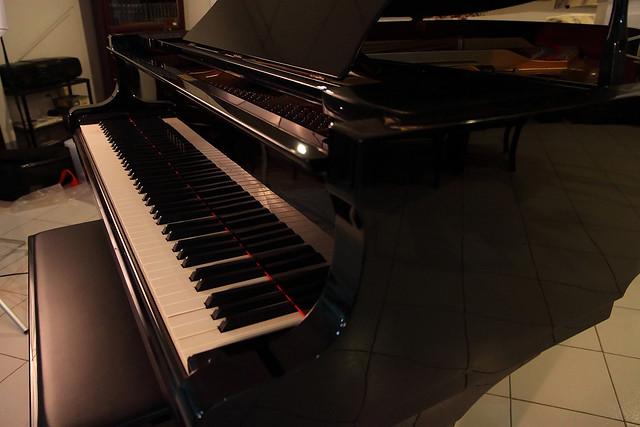 Yamaha c3 grand piano flickr photo sharing for Yamaha c3 piano price