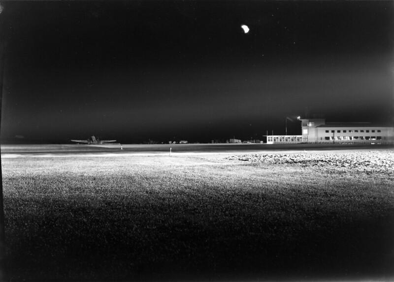 Aeroporto da Portela, Lisboa (M. Novaes, 1942)