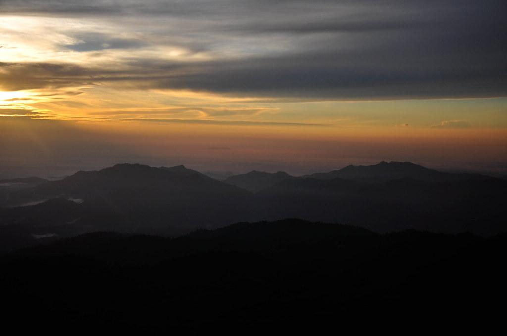 Sunrise at Genting 云顶的日出 ...