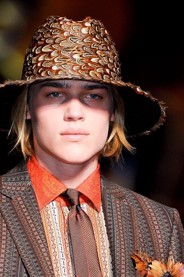 Ton Heukeuls3014_00_FW12 Milan Etro(fashionising.com)