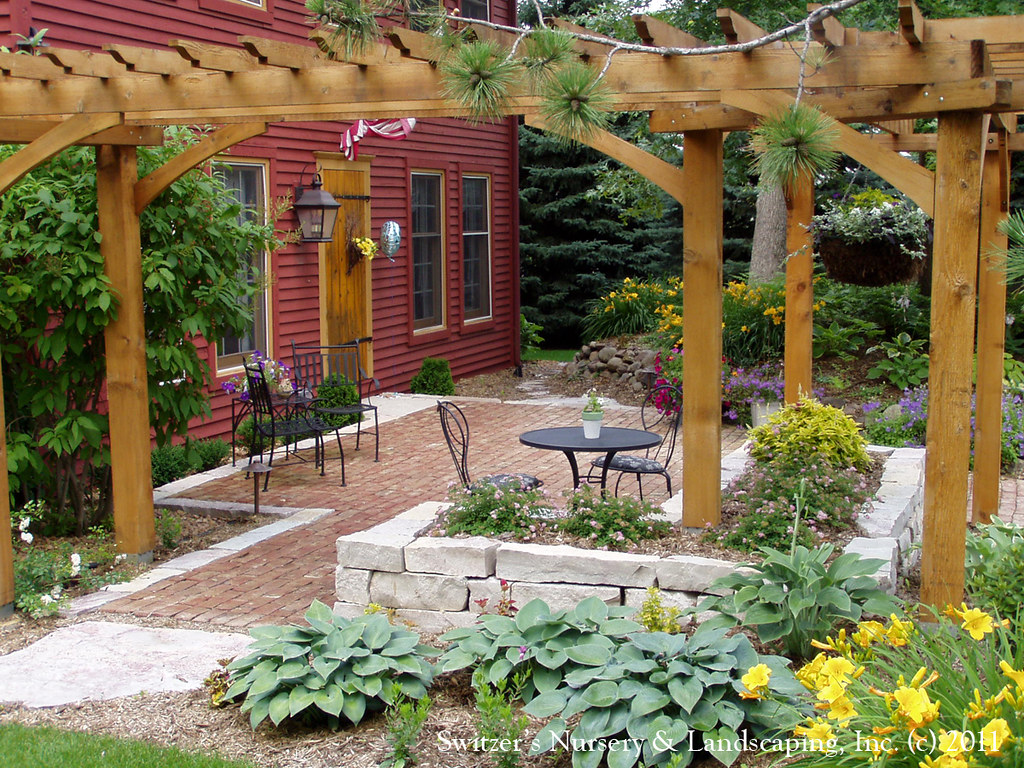 Front Yard Patio & Entry Pergola on Salt Box Home | Old ...