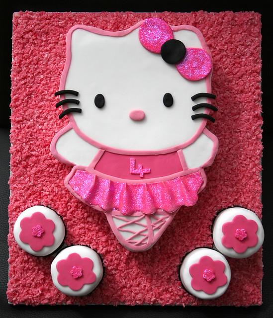 Hello kitty ballerina cake flickr photo sharing - Ballerine hello kitty ...