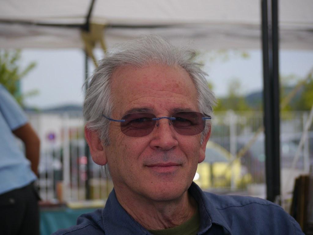 related image - Georges Ramaioli - Bulles en Seyne 2011 - Auteurs - P1170540