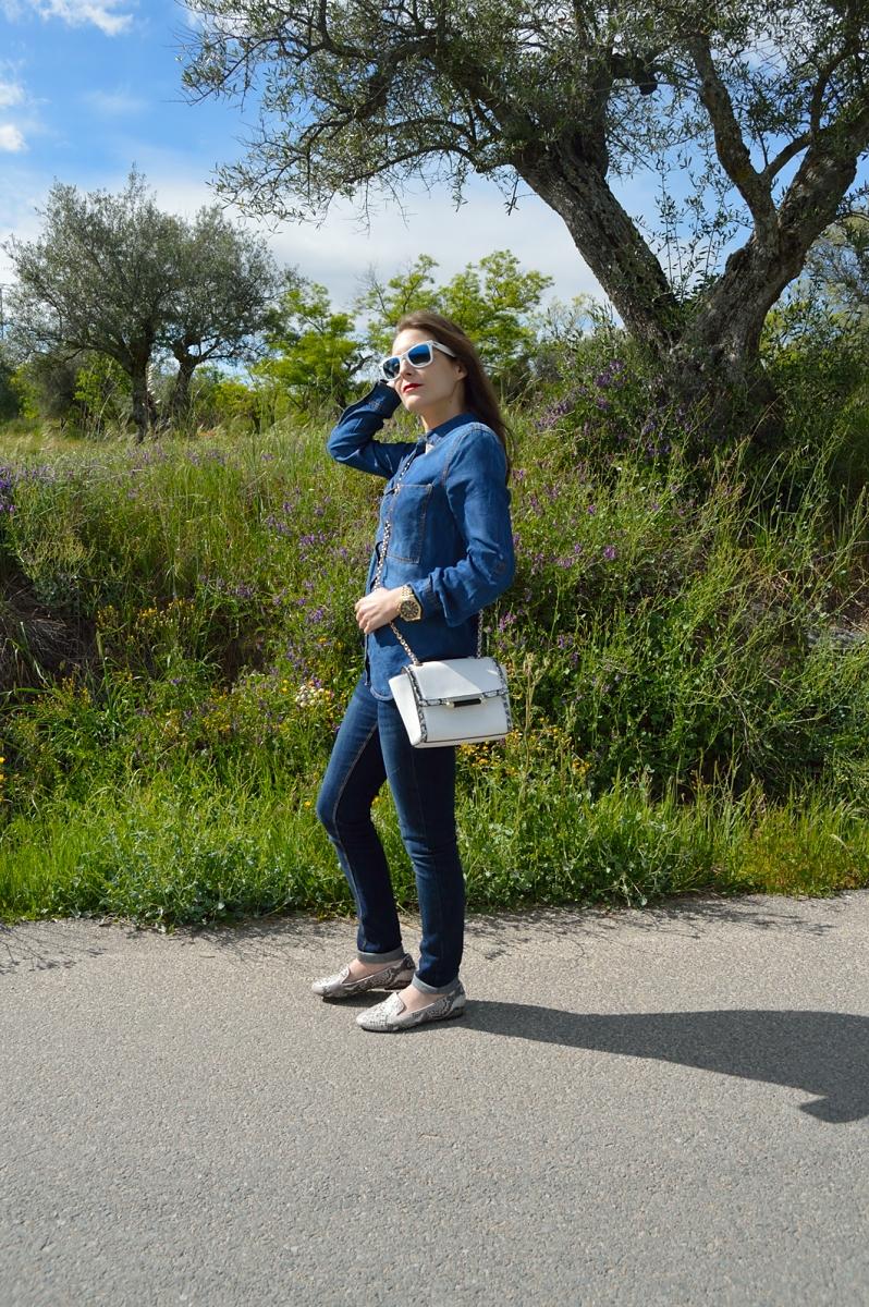 lara-vazquez-madlulablog-easy-outfit-denim-mood