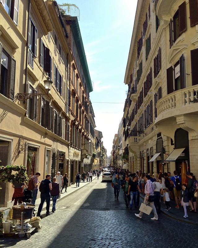 Shopping Street, Rome