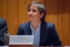 Carmen Aristegui recibe el galardón 'Corazón de León' ④