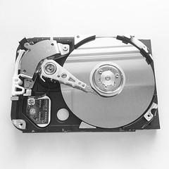 electronic device, data storage device, multimedia, hard disk drive, electronics,