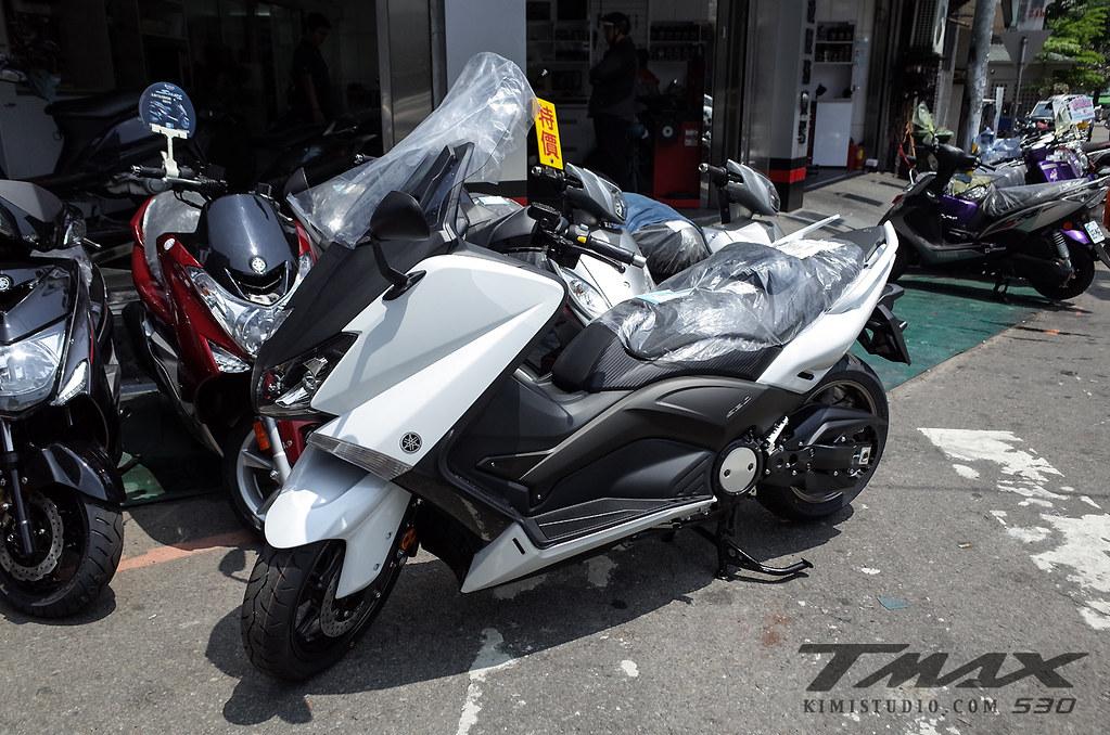 2014 T-MAX 530-001