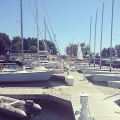 The dock is starting to empty out! Want to sail today? Give us a call. #belmontharbor #chicago #lakemichigan