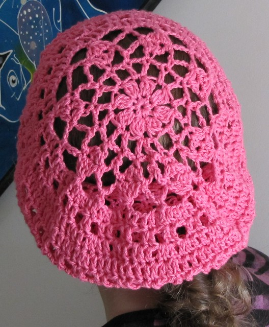 Weekly DIY Roundup: Knit and Crochet Hat Patterns, Part 2