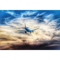 Plane landing at Bahrain International Airport ✈️