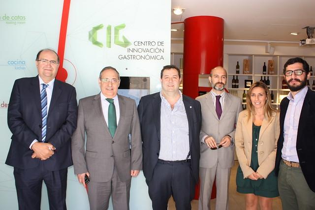 Visita de representantes de CEC y CONFERCO al CIG
